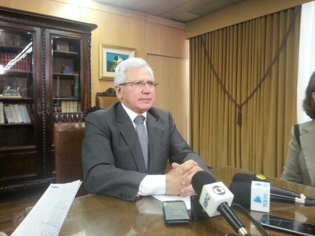 Prefeitura de Antonina faz história e sanciona Lei do 13º salário 2