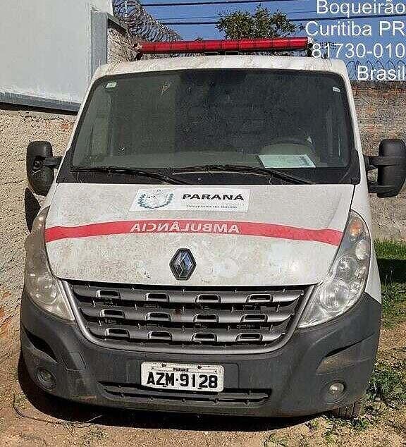 Anos depois, prefeitura recupera ambulância que estava abandonada em empresa de Curitiba 1